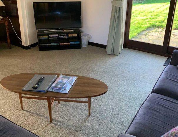 hayloft-living-room-605x465