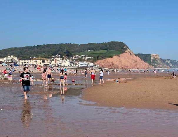 sidmouth-beach-605x465