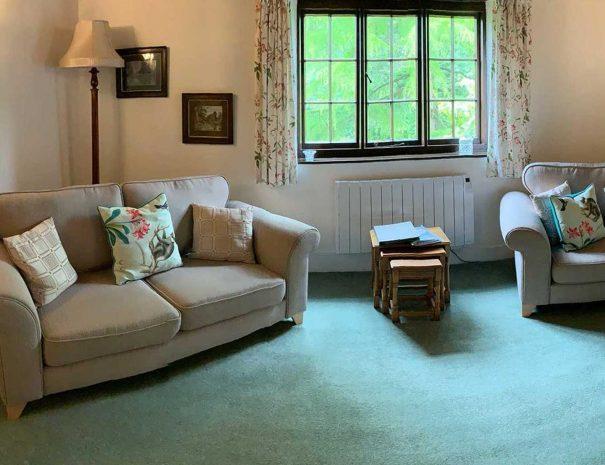 mill-living-room-605x465