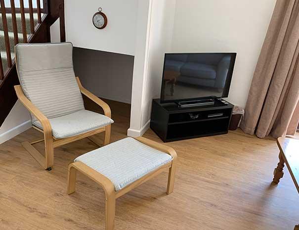 sitting-room-1-605x465