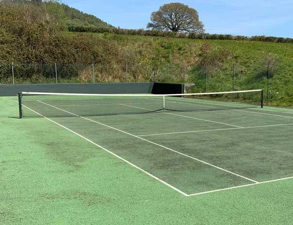 tennis-court-605x465